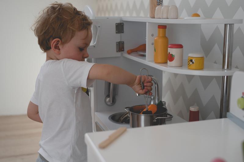 Drogie zabawki  kupować czy nie?  Najpopularniejszy polski blog parentingow -> Zabawki Kuchnia Dla Dzieci Ikea