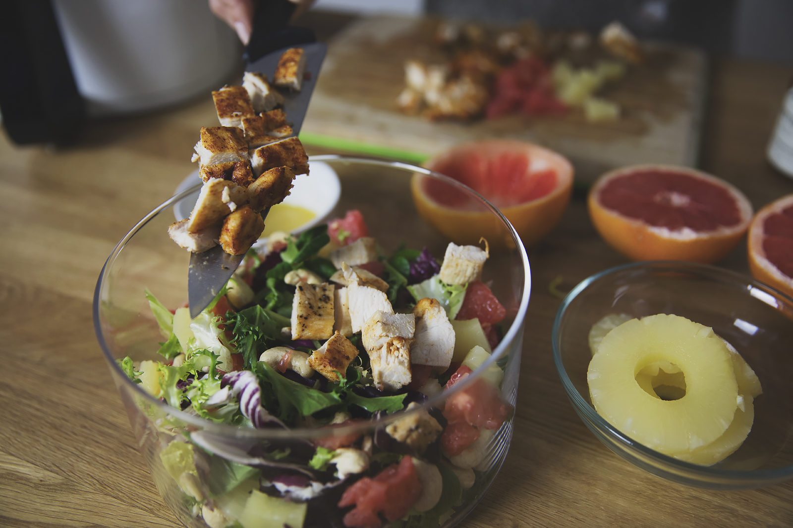 airfryer-salatka-z-kurczakiem-i-grejpfrutem24