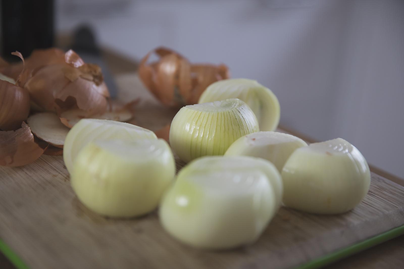 facet-w-kuchni-braun16